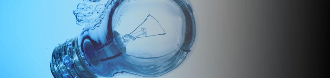 Lamp in het water