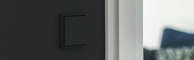Jung LS990 zwart